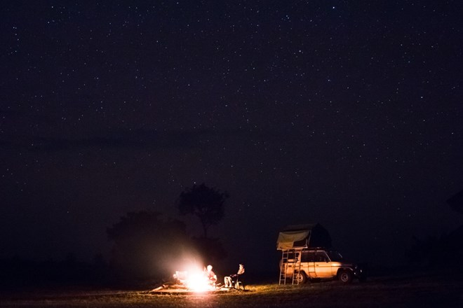 Bush camping in Uganda with your roof top tent from Roadtrip Uganda